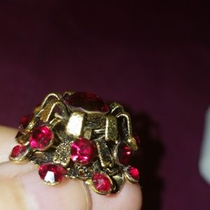 Vintage Jewelry - Pretty rubylike vintage brooch & small ear PM 726